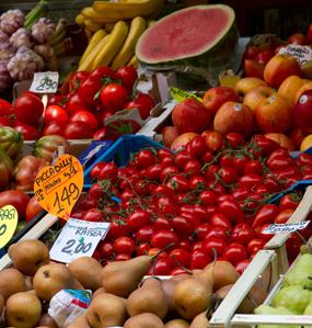 étale de fruits et légumes avec prix- Acridec: courtage